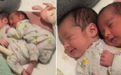 Vídeo de gêmeas recém nascidas abraçadas registra perfeitamente a beleza do vínculo de gêmeos