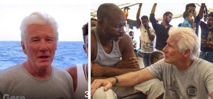 Richard Gere leva muita comida e água para um navio cheio de refugiados.