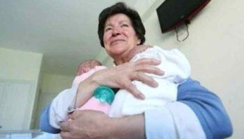 A mulher teve gêmeos aos 64 anos e acaba de perder a custódia devido à sua situação de risco