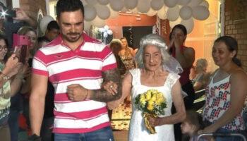 Aos 96 anos, ela se casa com o amor de sua vida no lugar onde o amor nasceu