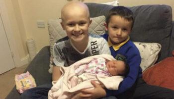 Menino de 9 anos vive para conhecer sua irmãzinha recém-nascida antes de morrer de câncer: 'Ele conseguiu aguentar'