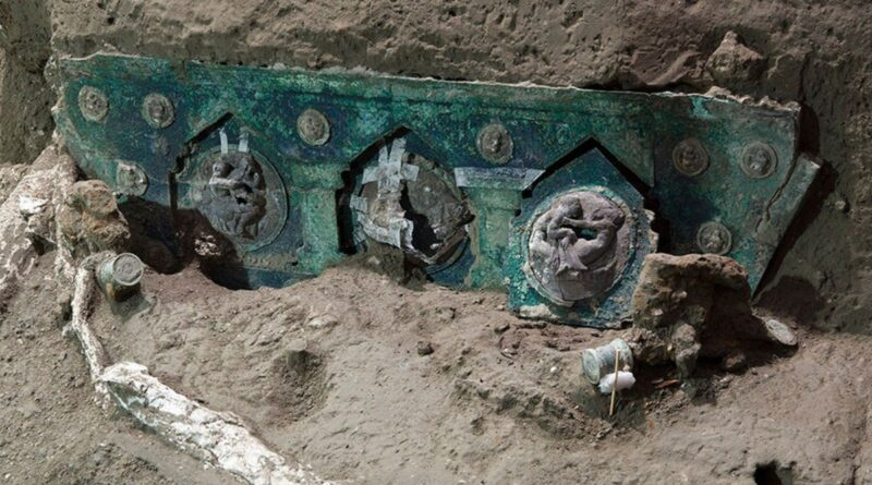 Carroça quase intacta é encontrada em Pompéia, a cidade romana mais bem preservada do mundo