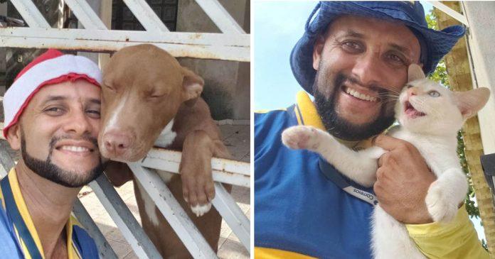 Carteiro tira selfies com todos os animais com quem faz amizade no trabalho
